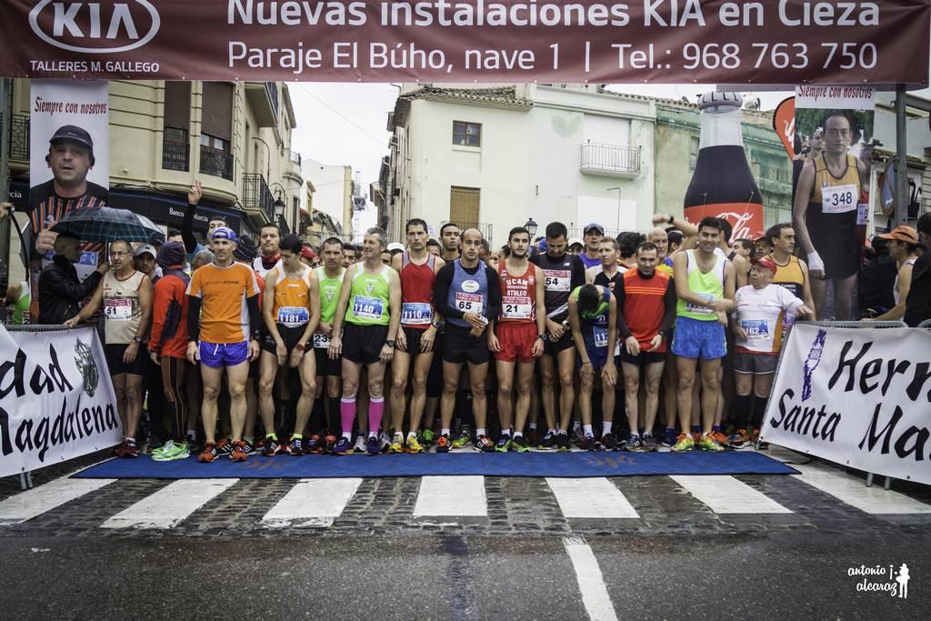 """Andrés Mico y Amanda Cano, vencedores de la XXVII Media Maratón """"Ciudad de Cieza"""""""